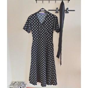 Puantiyeli uzun elbise