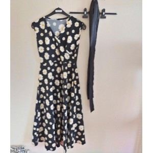 Papatya desenli uzun elbise