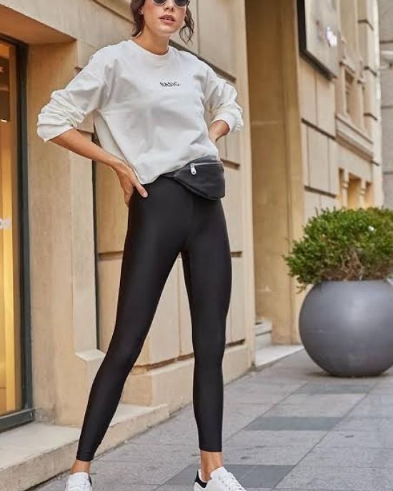 Black color tights